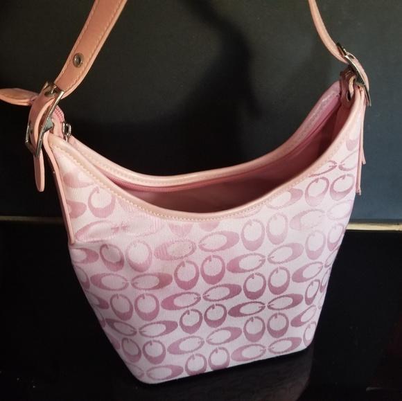 82f6249ce66d Handbags - Couch women hand bag